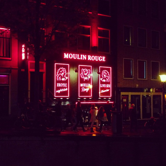 Different Moulin Rouge