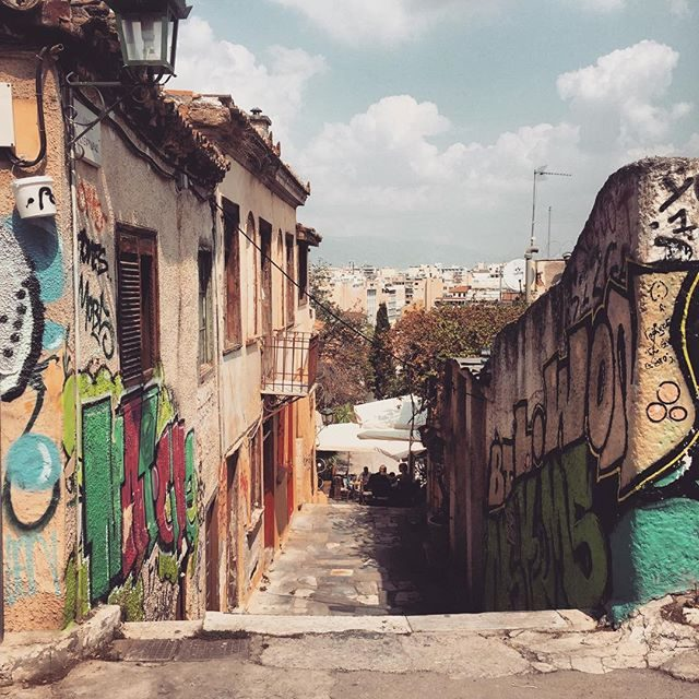Streetart and laneways in Athens