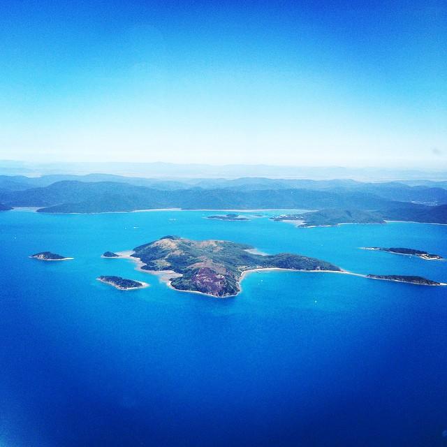 Flying into Hamilton Island
