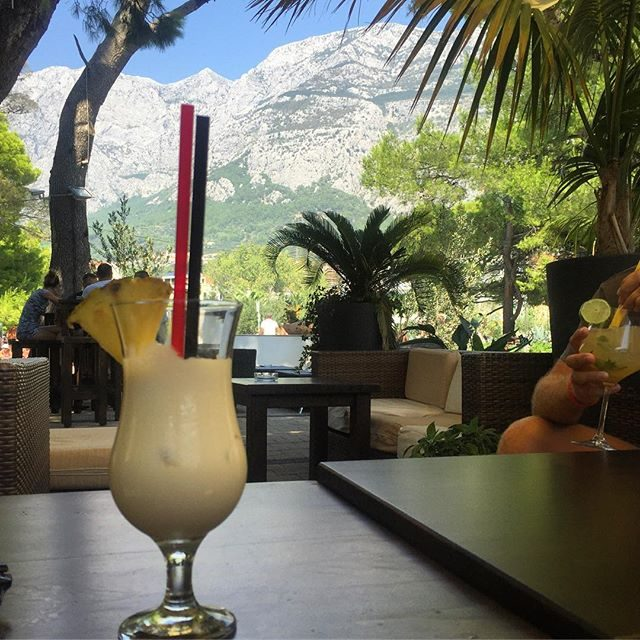 Cocktails with a view in Makarska