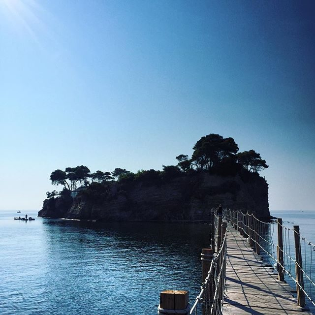 Bridge to Cameo Island