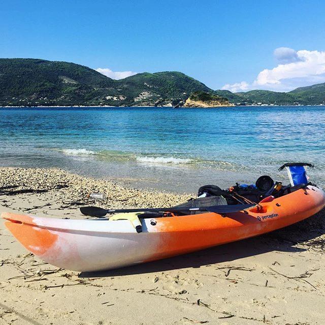Kayaking to turtle island