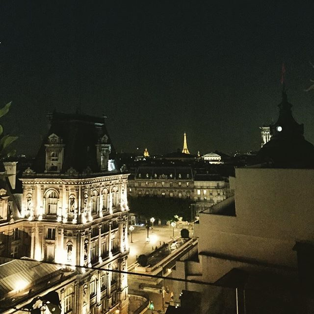 Pretty sweet view of Paris form this rooftop bar